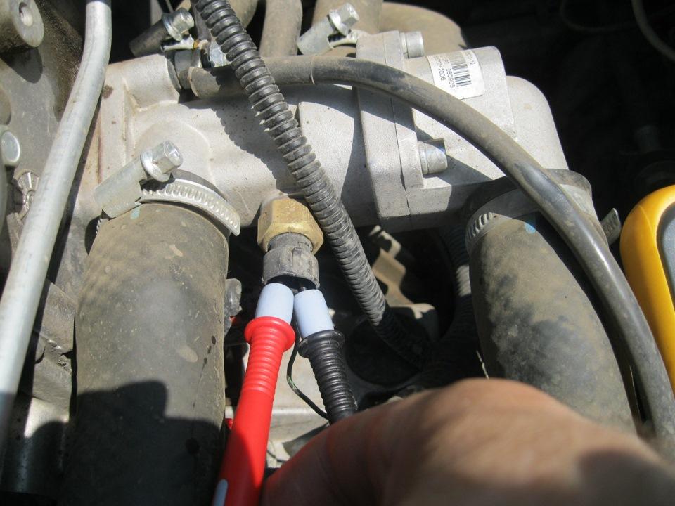 Замена масла в двигателе, экспресс замена масла и.