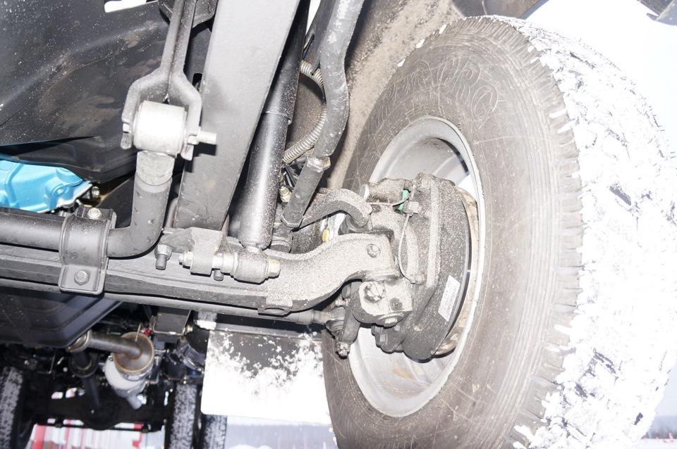В ходовой – новые рессоры, стабилизатор и дисковые тормоза на всех колесах