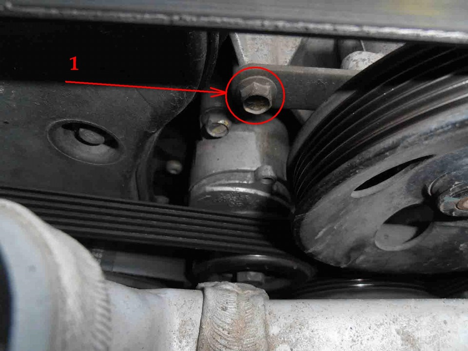 Как заменить ролик ремня генератора на лачетти 16