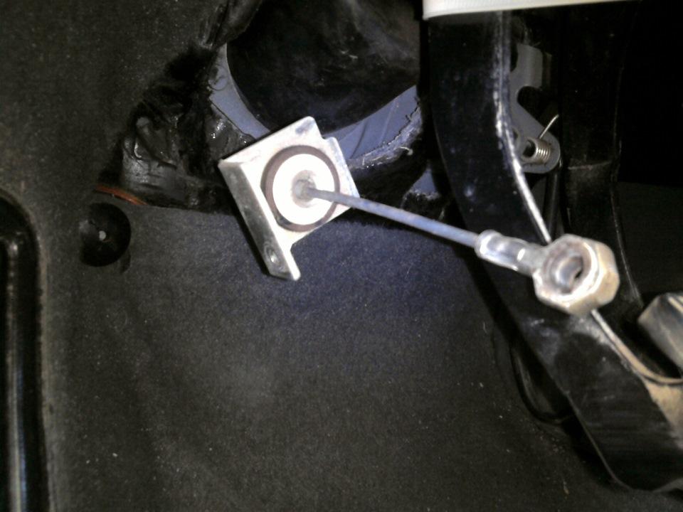 Фото №33 - замена тросика сцепления ВАЗ 2110