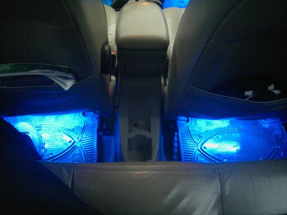 Подсветка ног в автомобиле форд фокус