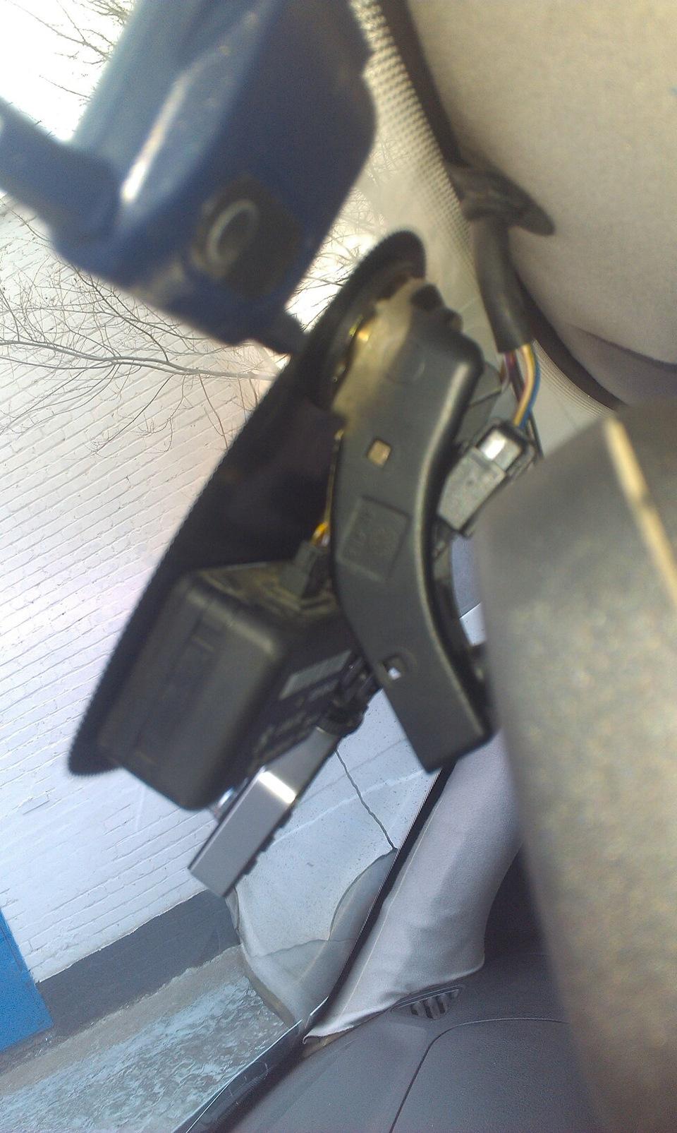 как снять зеркало на BMW e36