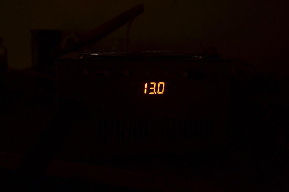 Подключение светодиодов к 12 вольт и к сети 220В, схемы