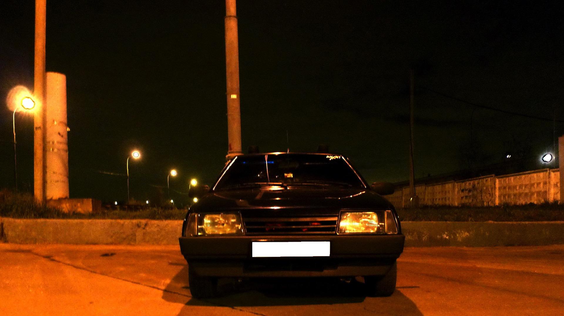 жители пожаловались фото в машине лады ночью любительница