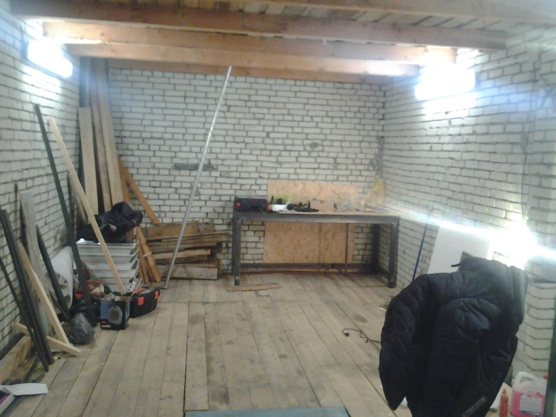 Как сделать лампы в гараже 220