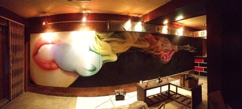 Рисунки на стенах в кальянной