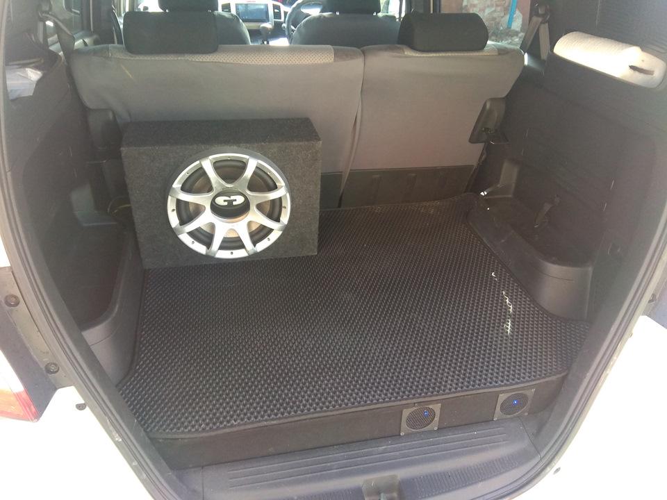 Тюнинг автомобилей и аксессуары, Honda Freed Spike