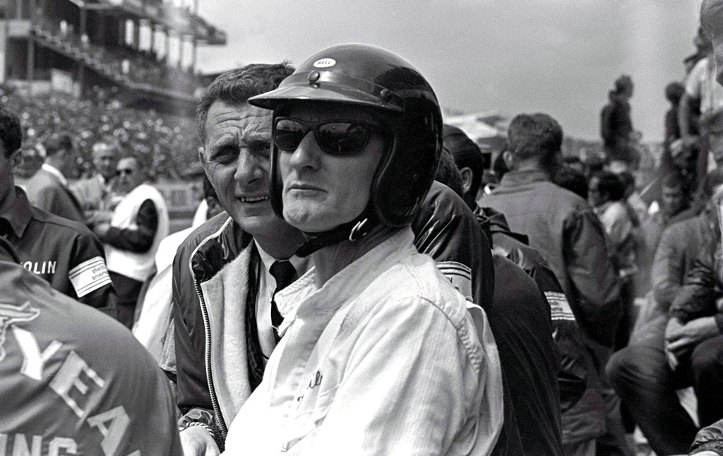 Биография и смерть гонщика Кена Майлза вдохновили Голливуд на съемки фильма «Форд против Феррари»