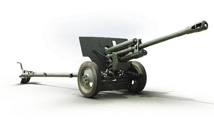 Пушка ЗИС-3 калибра 76 мм., считающаяся лучшим противотанковым орудием Великой Отечественной – 15 тысяч рублей.