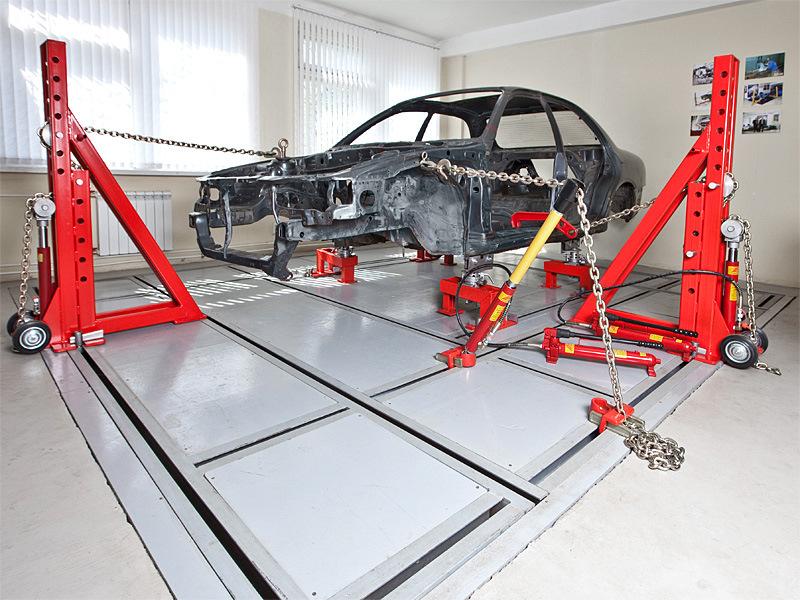 Кузовной стапель для ремонта кузова автомобилей напольный