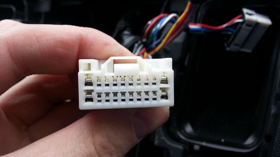 20 pin конектор внешний вид