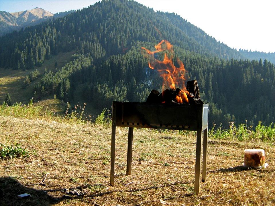 Картинки по запросу шашлык в горах