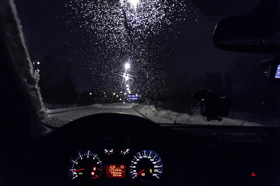 Фотки с машины на дорогу ночью зимой