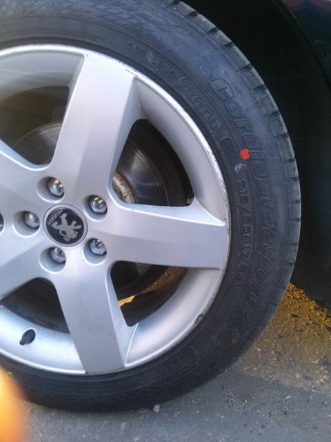 проблема балансировки колёс на peugeot 407
