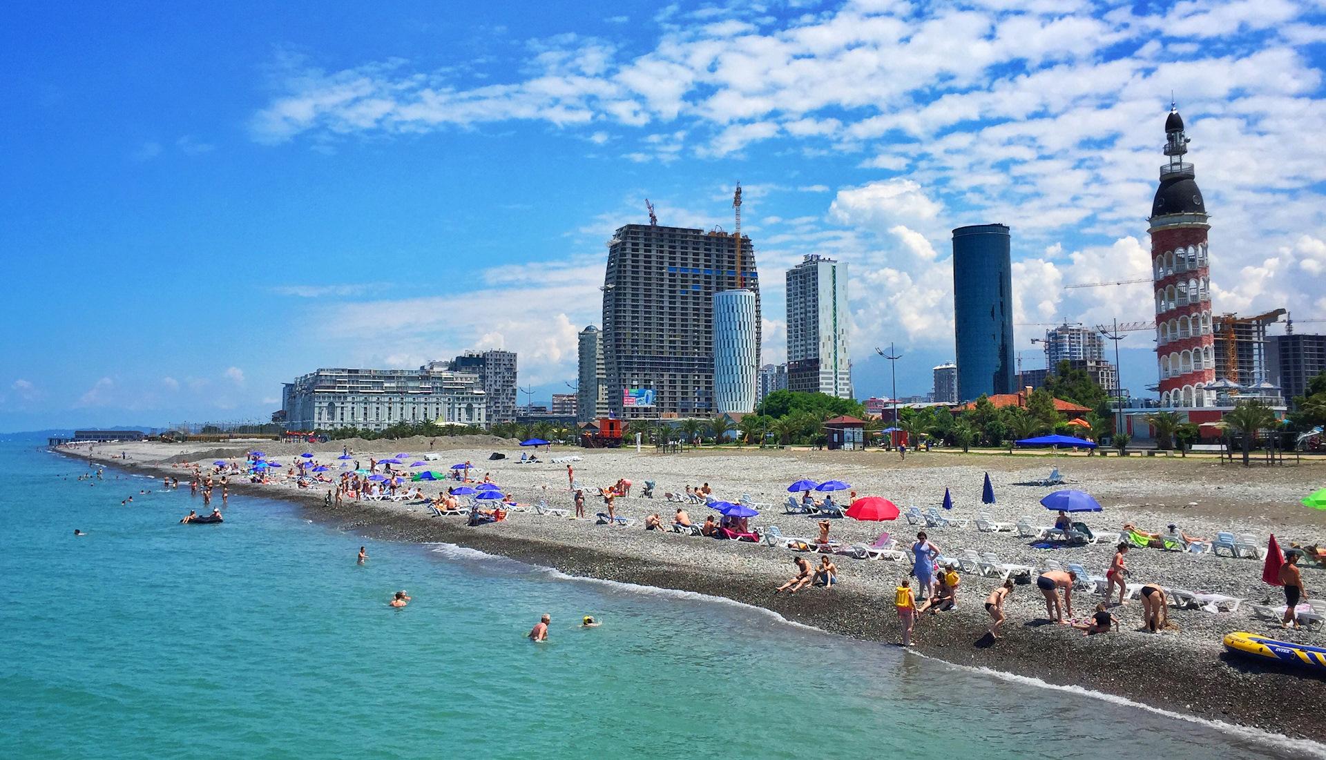 Фото с нуддистских пляжей системы хай-тек