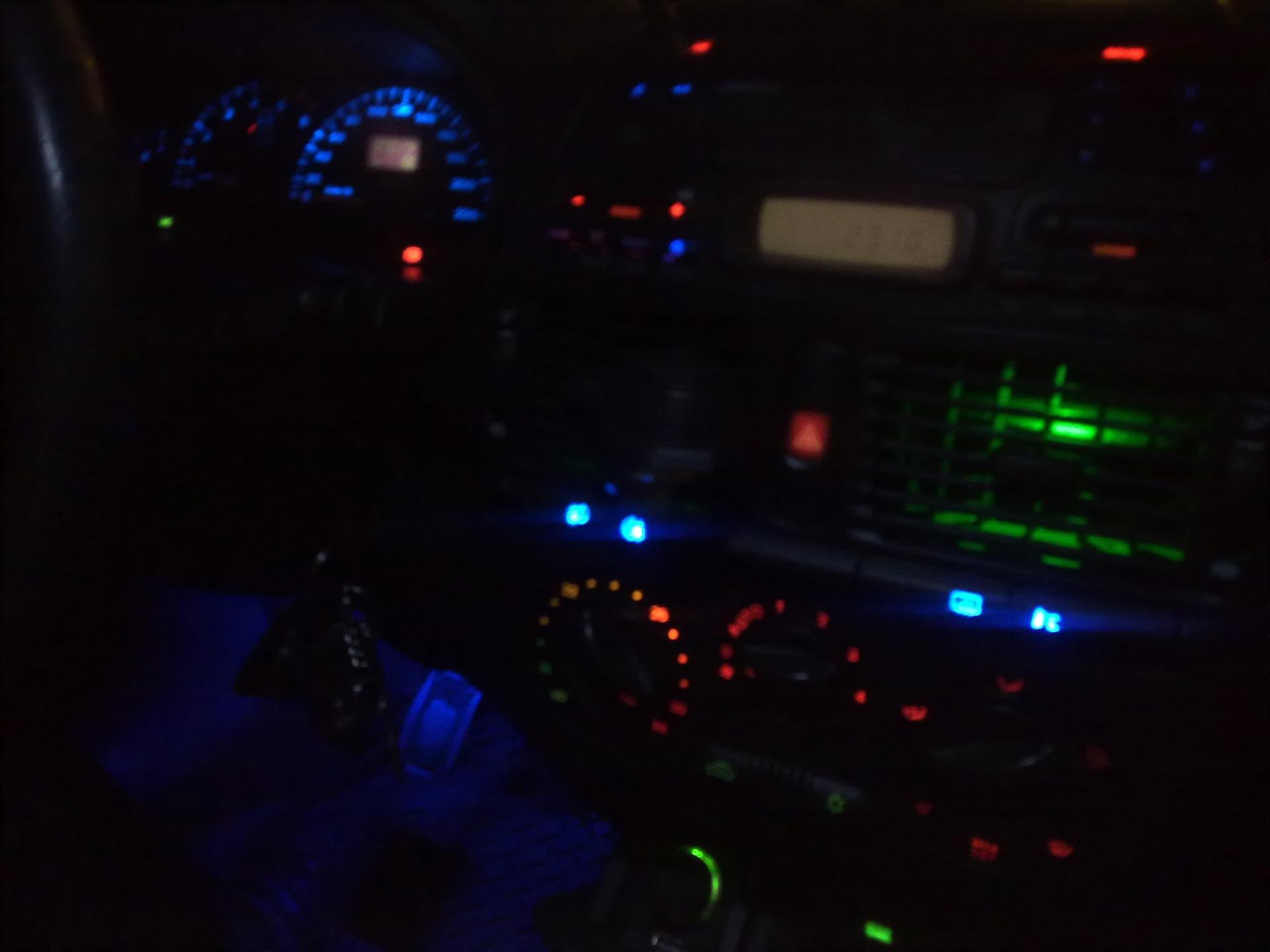фото подсветки салона фиат темпра пролей