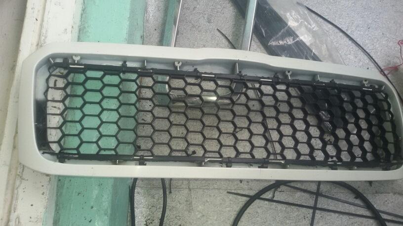решетка радиатора skoda octavia 2001