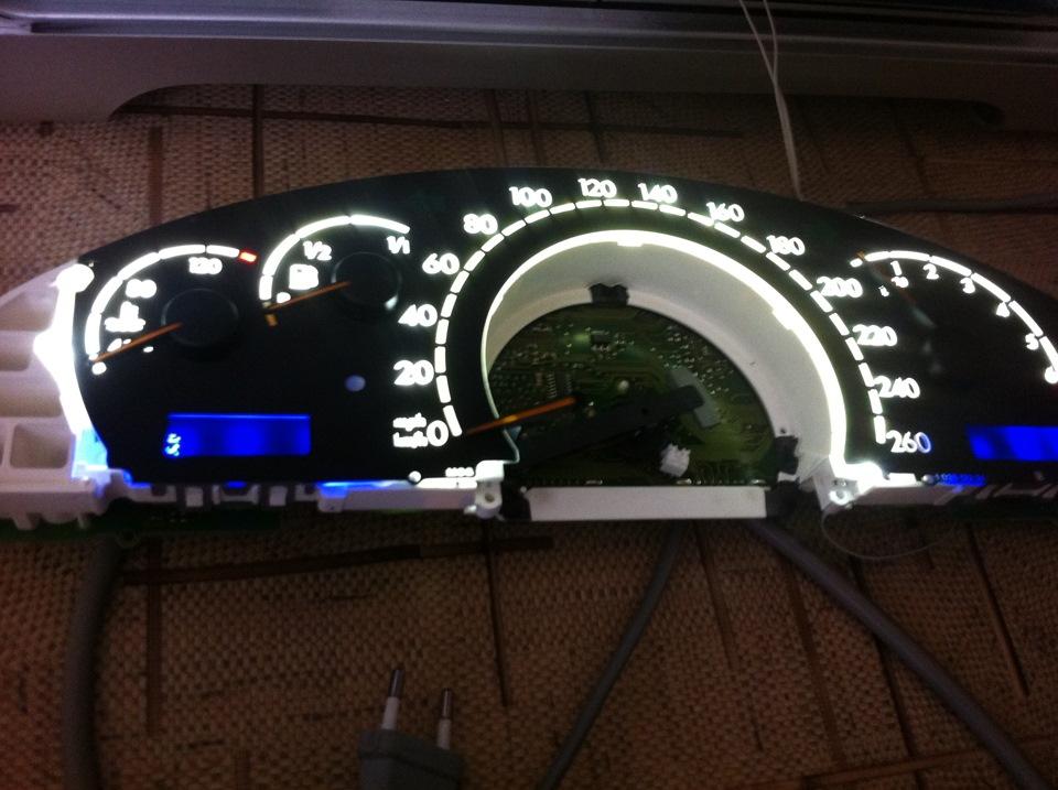 Монтаж светодиодной подсветки щитка приборов