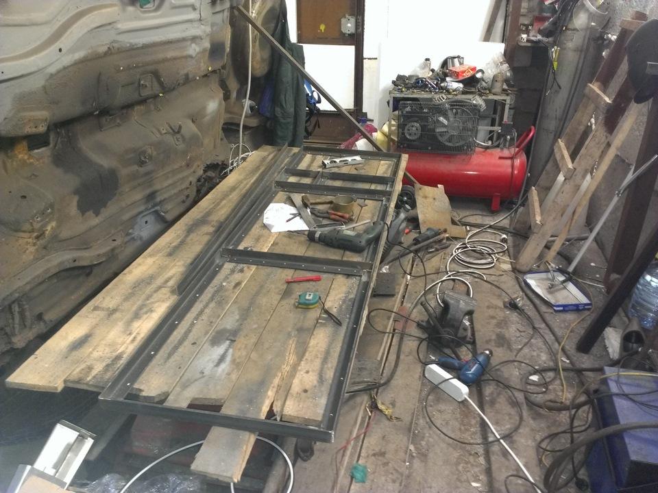Столы для гаража своими руками