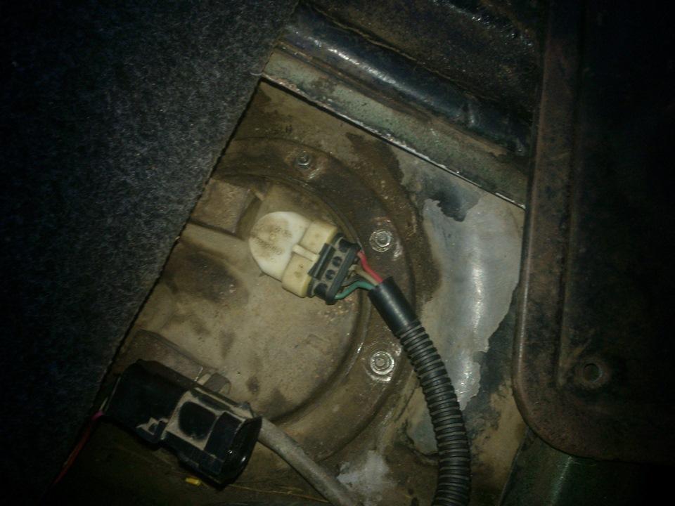 Фото №4 - почему не работает бензонасос на ВАЗ 2110