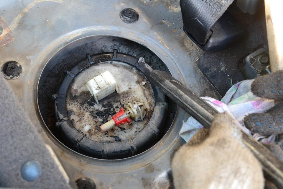 Заменить топливные фильтры кашкай