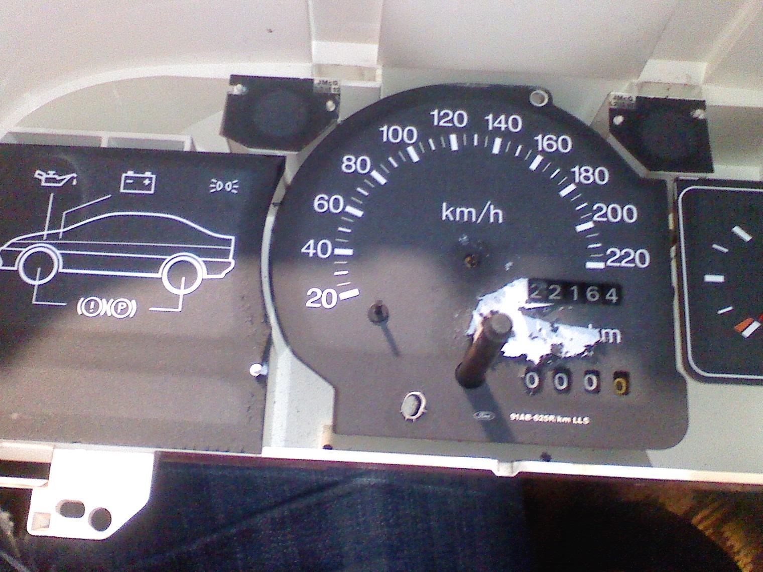 форд эскорт не работает спидометр