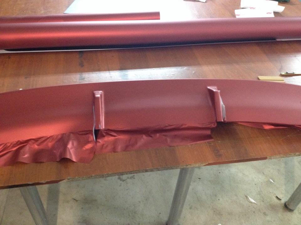 Оклейка пленкой решетки радиатора 43