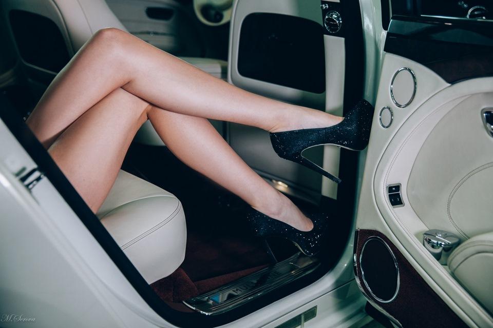 Девочки помыли машину порно