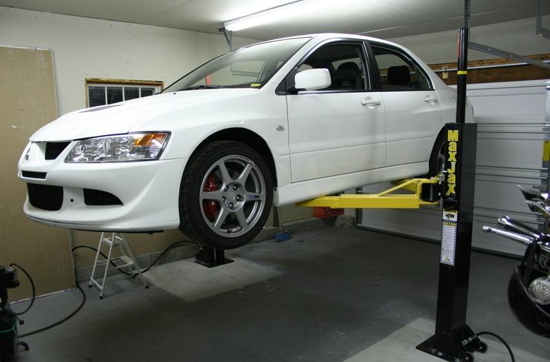 Подъемник своими руками в гараже