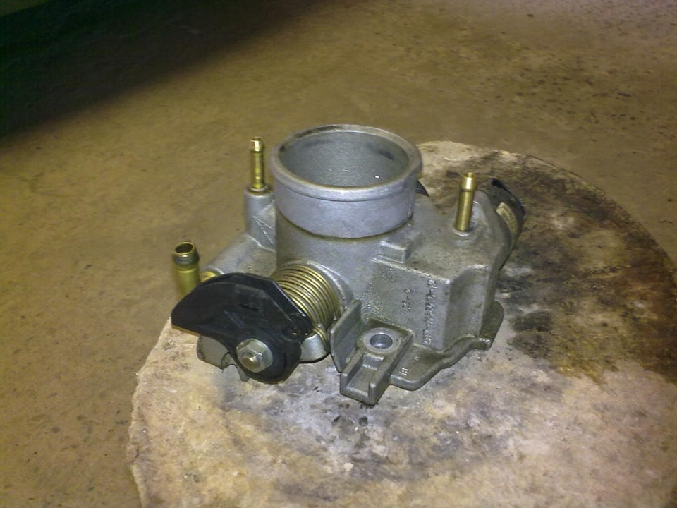 Фото №12 - кидает масло в воздушный фильтр ВАЗ 2110