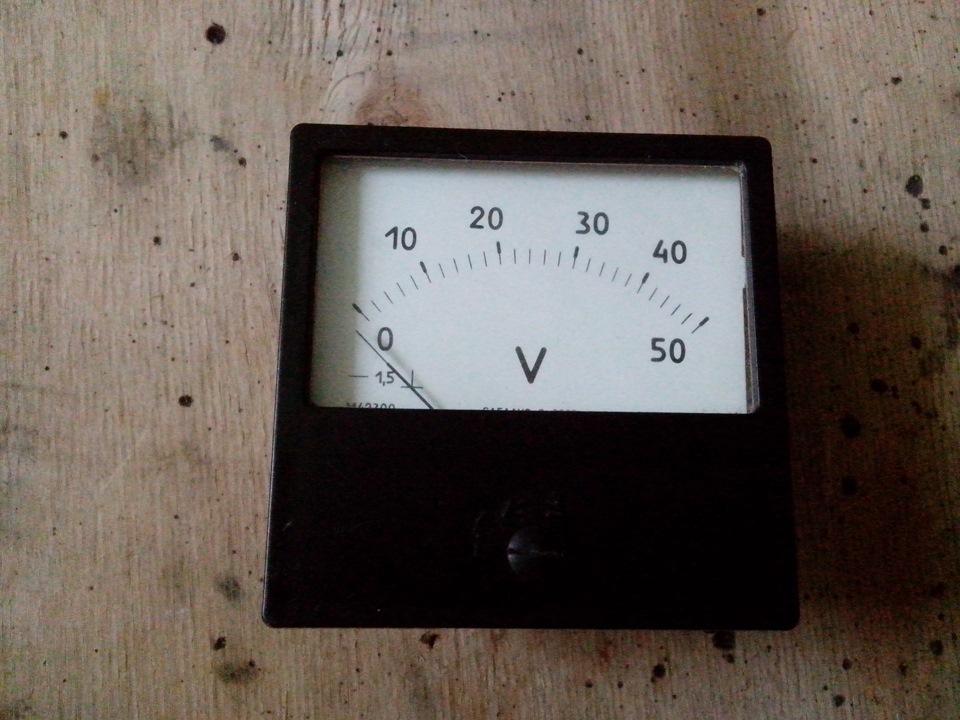 вольтметр на 50В