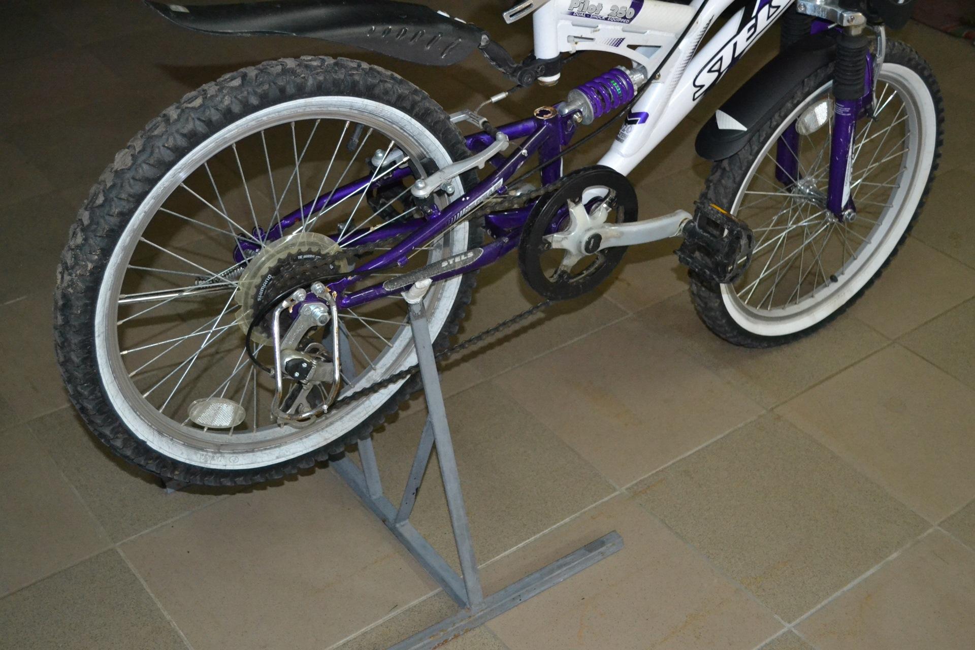 Как сделать подставку для велосипедов 88