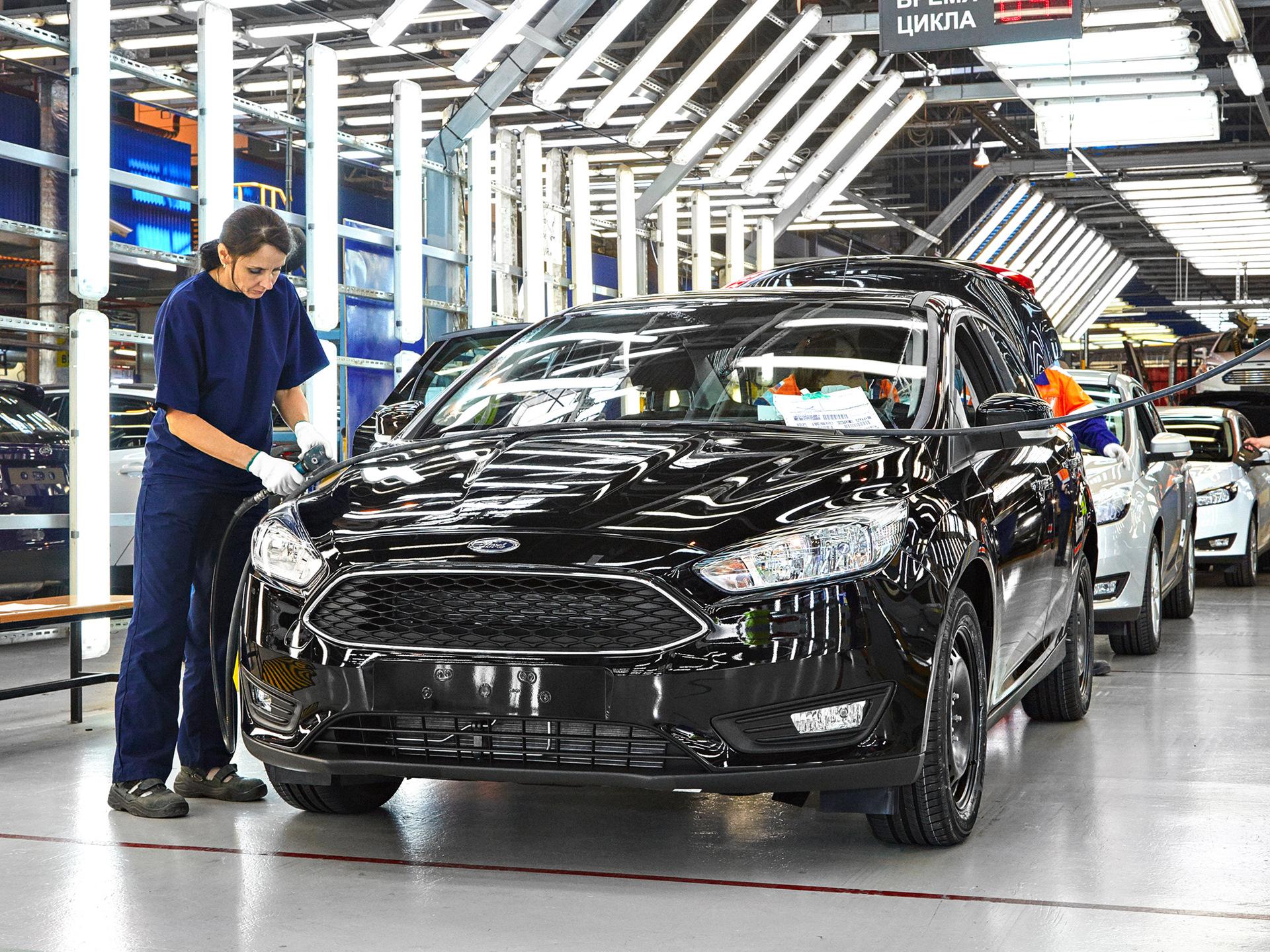 Картинки по запросу Ford сворачивает продажи в России