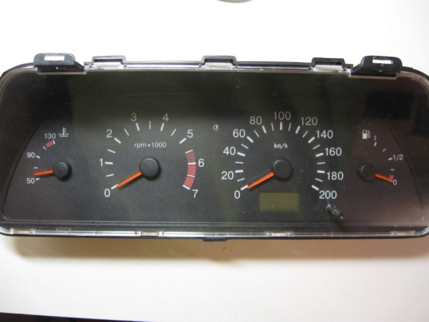 Фото №26 - панель приборов на ВАЗ 2110