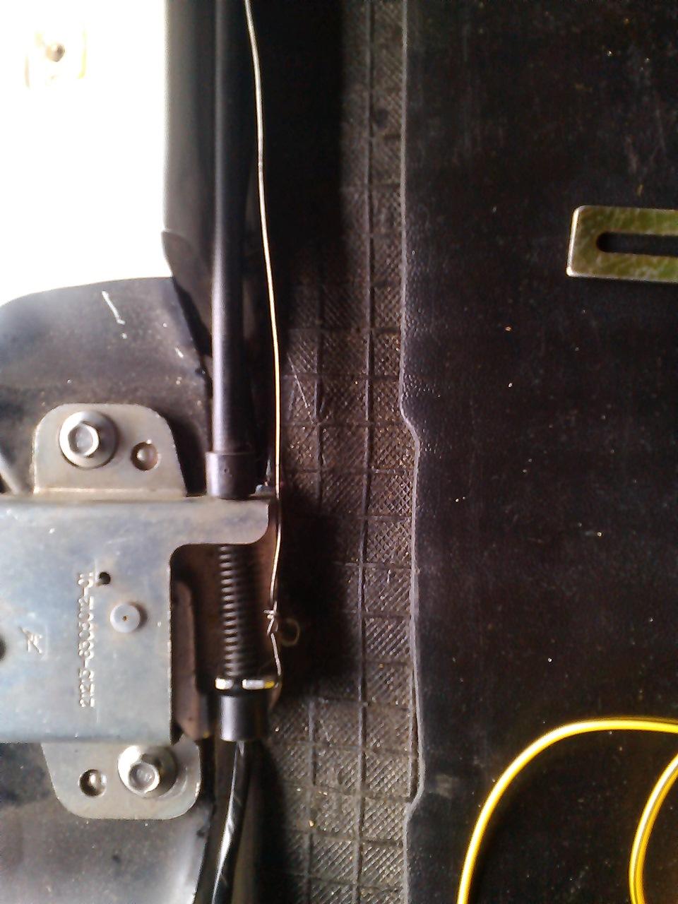 схема открывания багажника с пульта