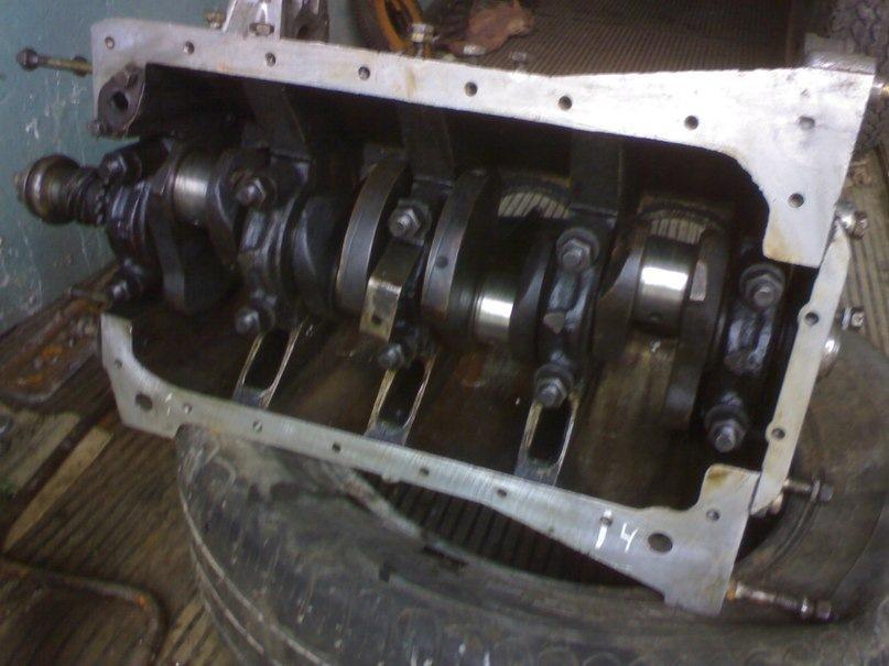 6 Набор прокладок двигателя