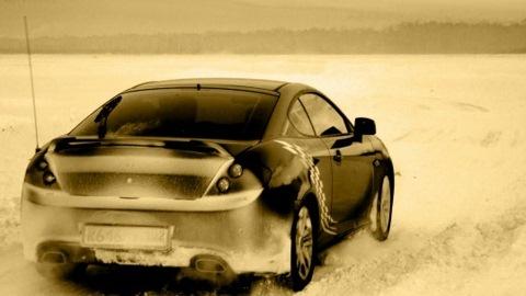 Hyundai Coupe КЕКС. Обожает красивых!)