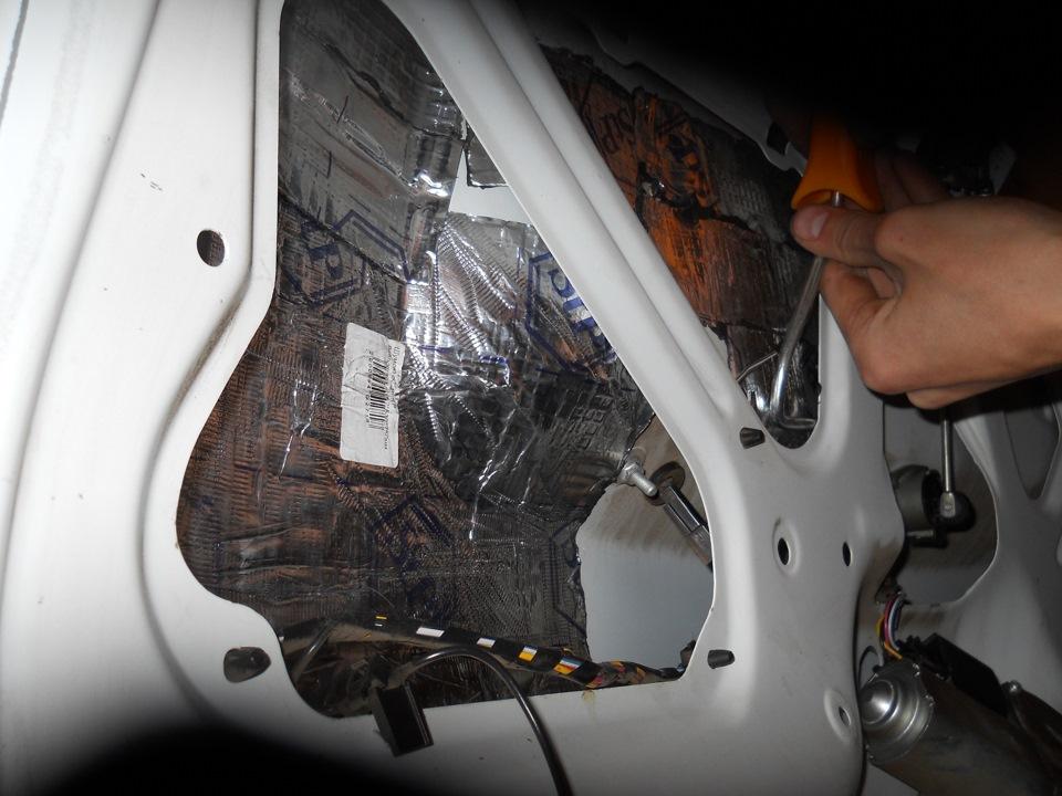 Капитальная шумоизоляция багажника Лада Калина Хэтчбек - бортжурнал Лада Калина Хэтчбек ''Black and White'' 2011 года на DRIVE2