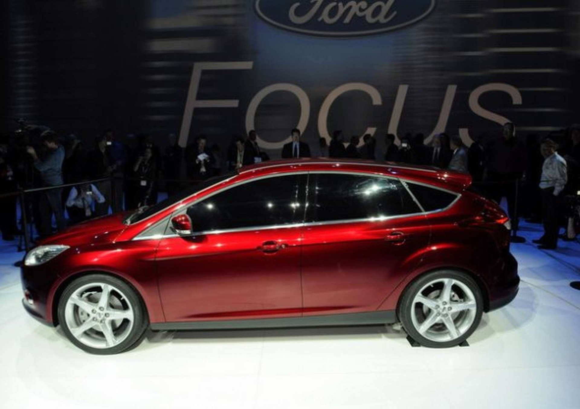 an overview of the ford focus an american bestselling automobile This statistic shows the top 10 bestselling cars in china in 2011, by number of sold cars in 2011, the automobile manufacturer chang'an ford mazda automobile co, ltd sold approximately 190,000.