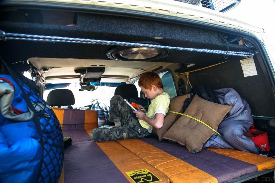 Спальник на крыше автомобиля своими руками