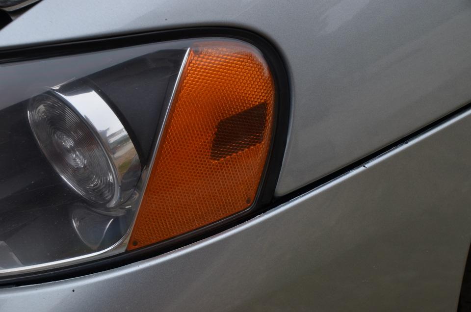 замена габаритных ламп на вольво s-60