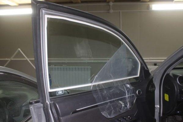 d21307es 960 - Что делать когда потеют окна в машине