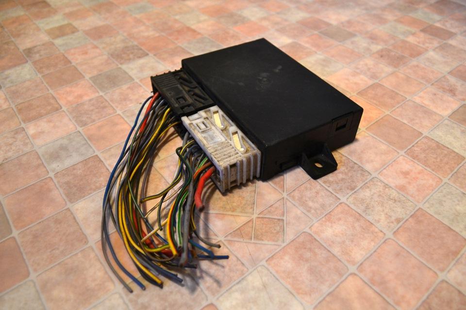 наружный датчик температуры воздуха bmw e36 где он устанавливается