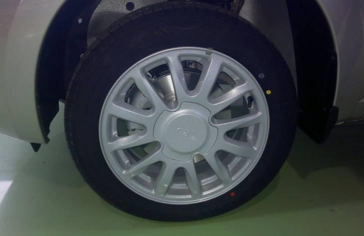 Шины и диски на Гранту (совместимость и фото)