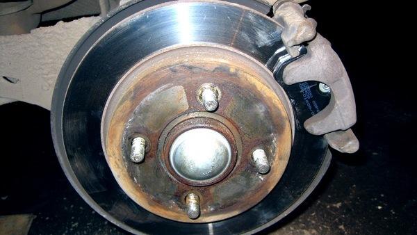 Замена задних тормозных колодок на форд фокусе 1