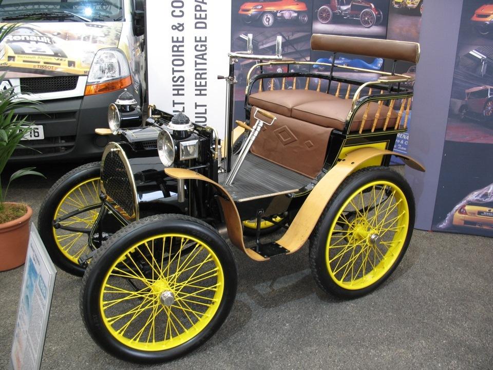 Модель А с двигателем Де Дион мощностью 1,75 л.с. одна из первых и самых удачных моделей компании.
