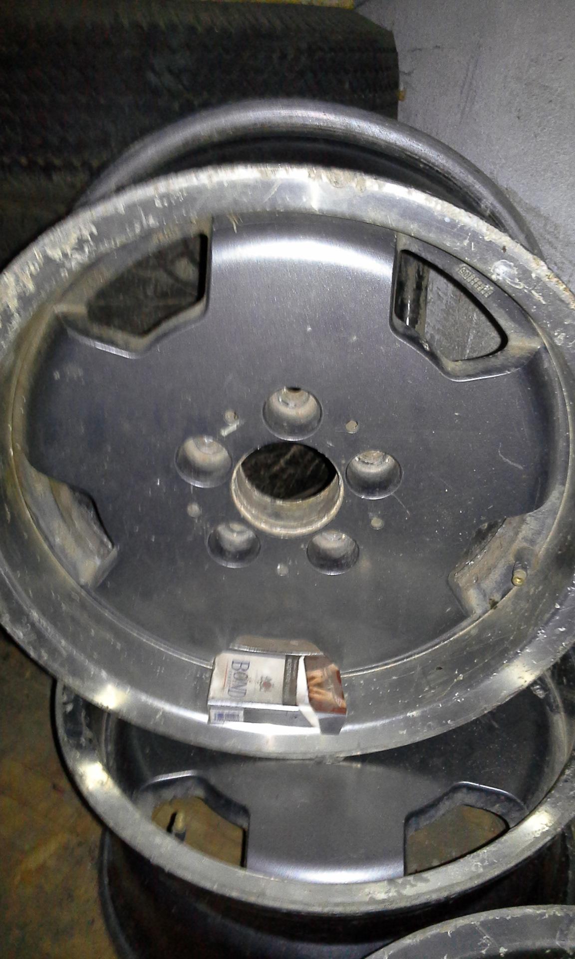 размер диски фольксваген т3 и мерседес 190е