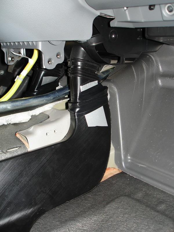 Воздуховоды к ногам задних пассажиров - бортжурнал Chevrolet Lacetti 5D 2007 года на DRIVE2