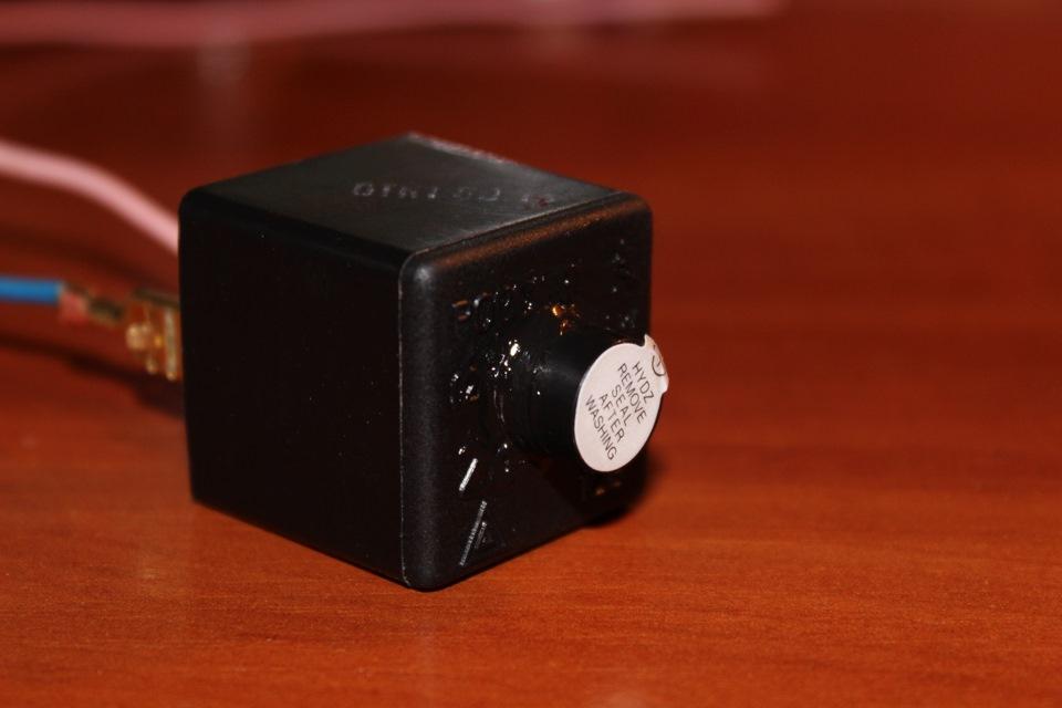 Звуковой сигнализатор стояночного тормоза