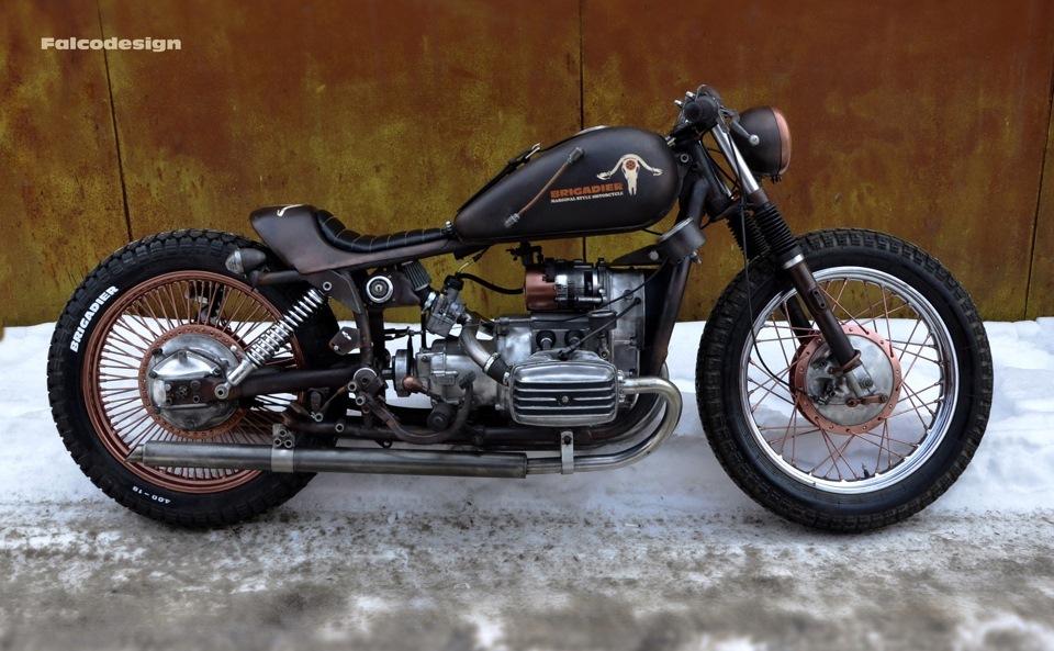 Очередной cafe racer от мастерской grom custom на базе мотоцикла днепр яркий, индивидуальный